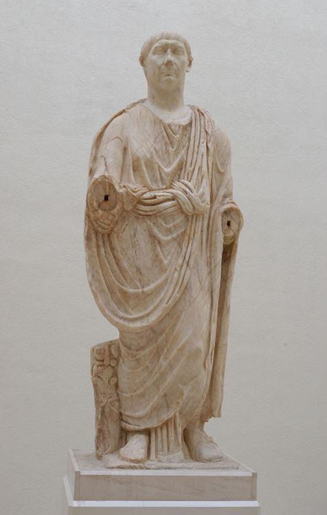 Escultura de Trajano FOTO Museo de Cádiz.